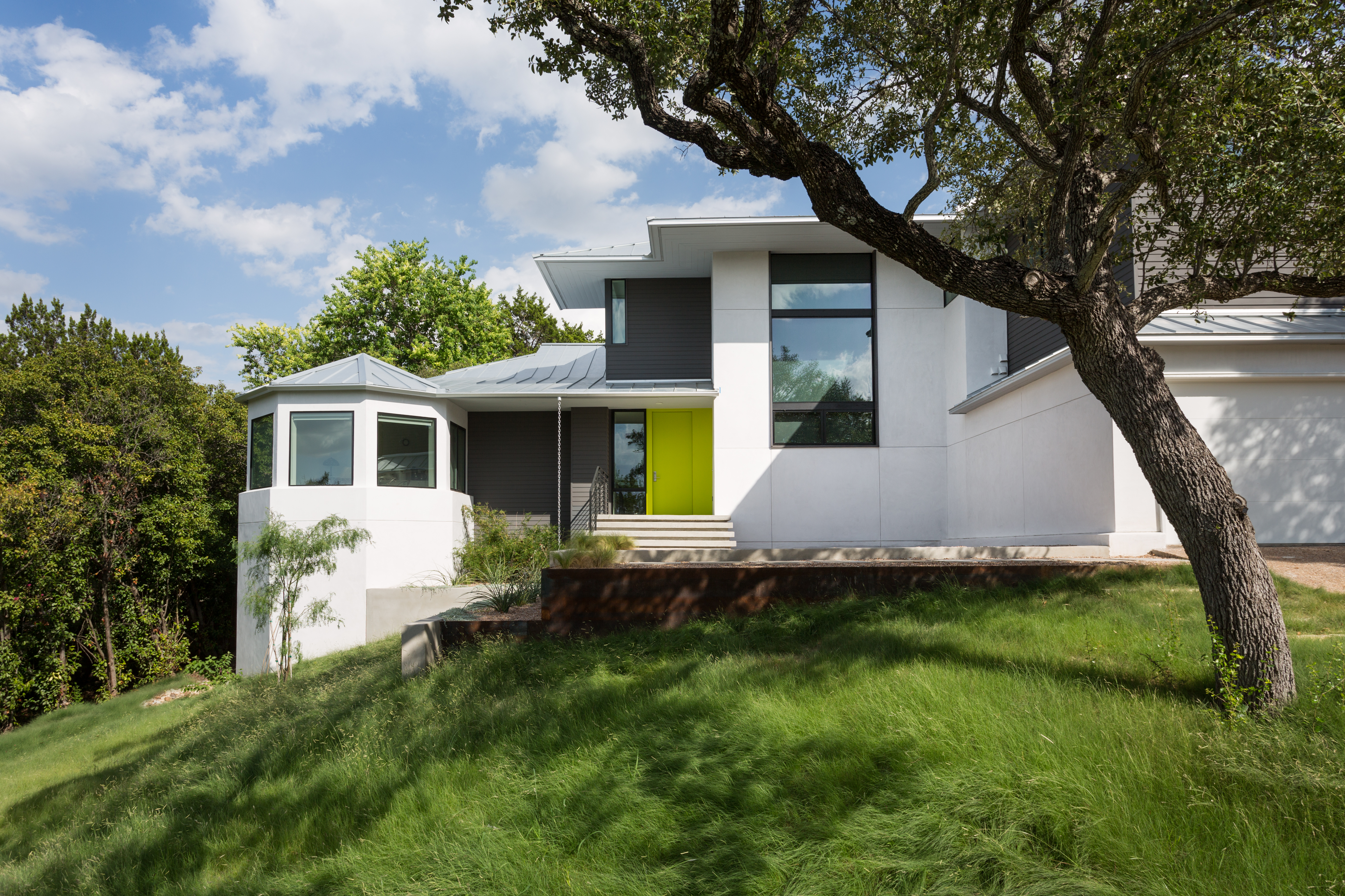 From Traditional To Modern A Before After Home Remodel Milgard Blog