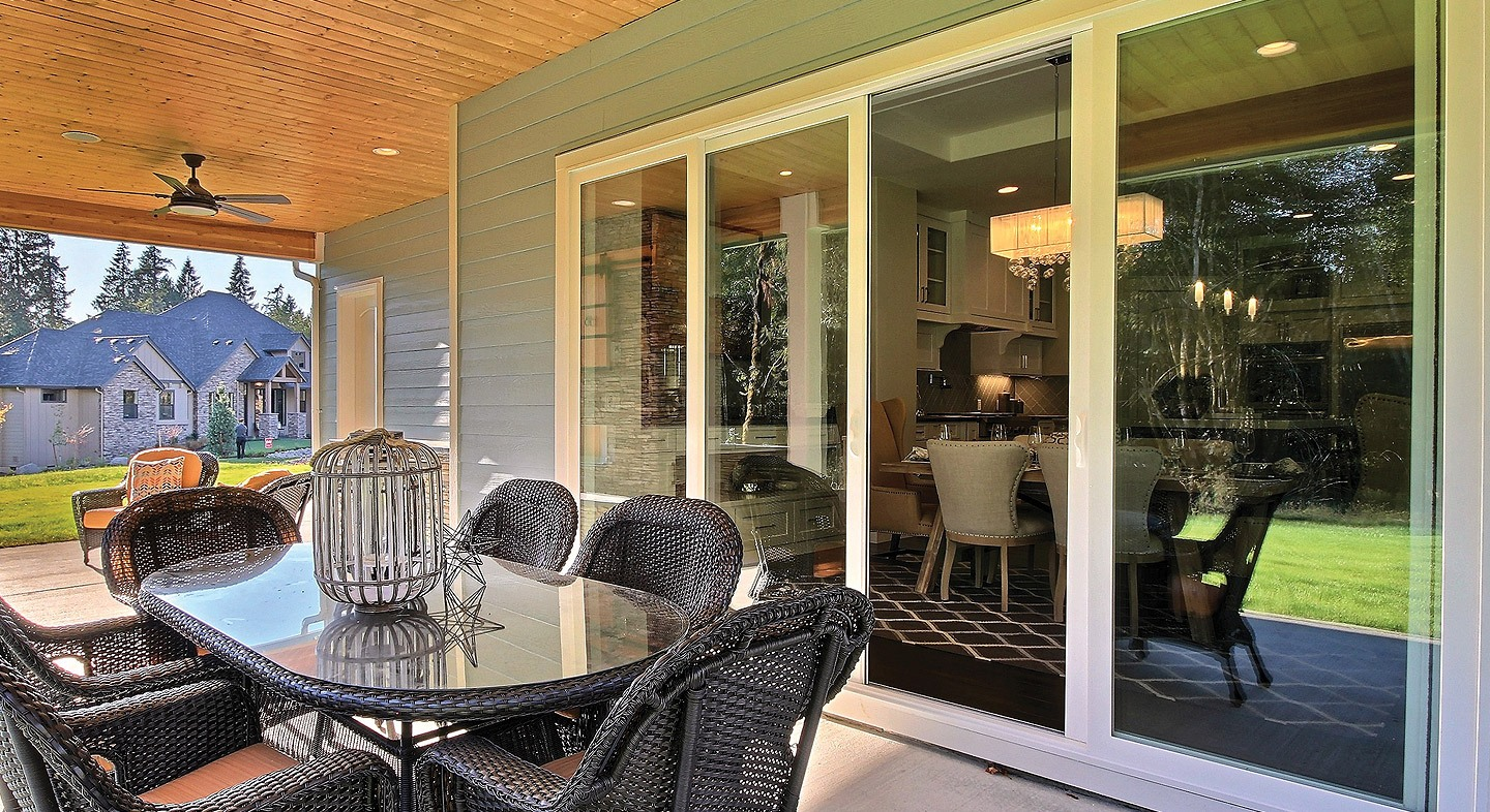 Tuscany Series vinyl 4-panel sliding patio door with SmartTouch® handle