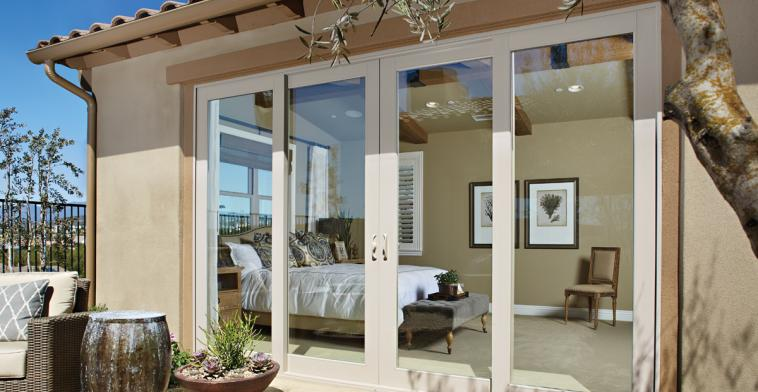 Montecito® Series patio doors are crafted with vinyl ... & Montecito® Series Vinyl Patio Doors | Milgard Windows u0026 Doors pezcame.com
