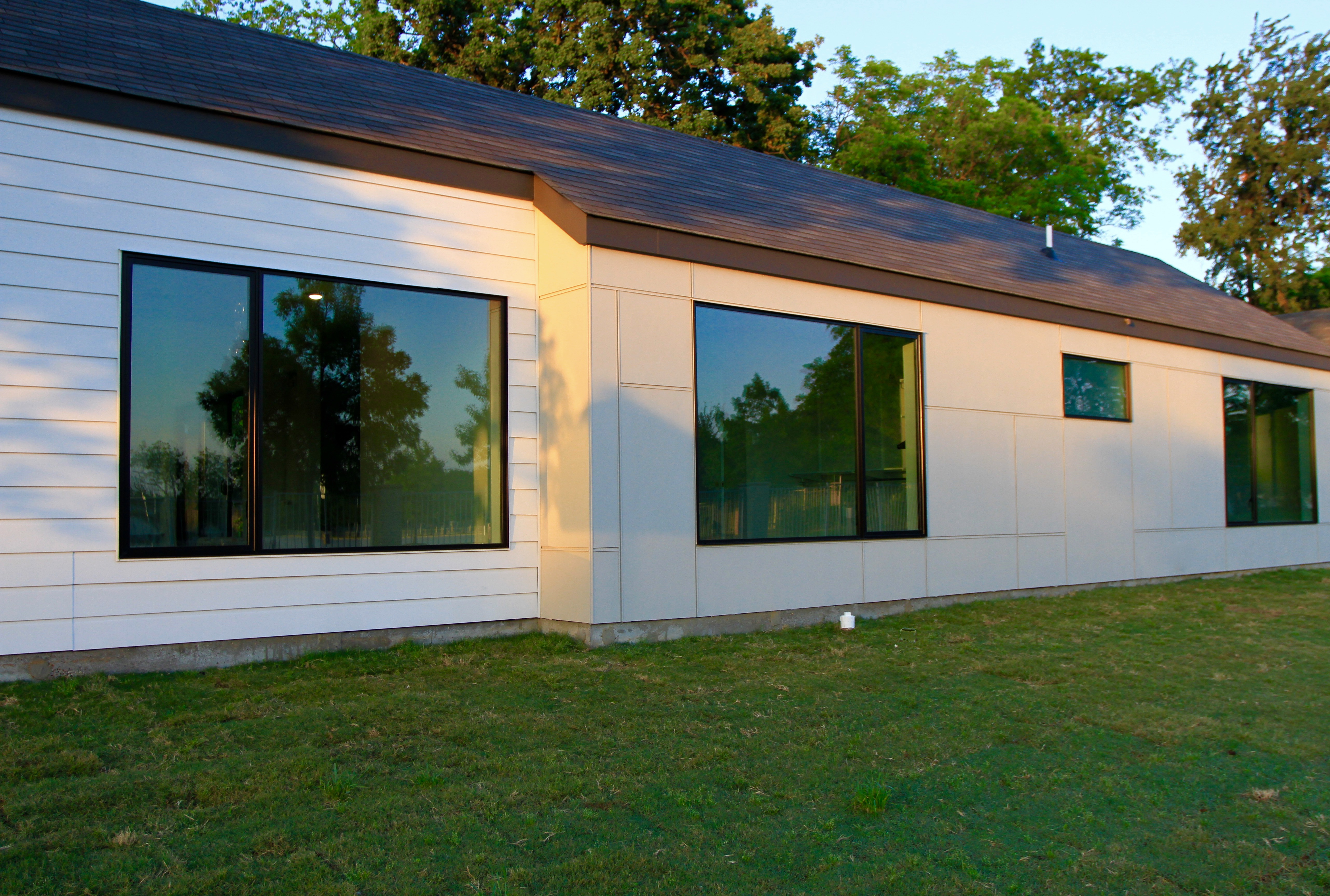 Modern aluminum windows
