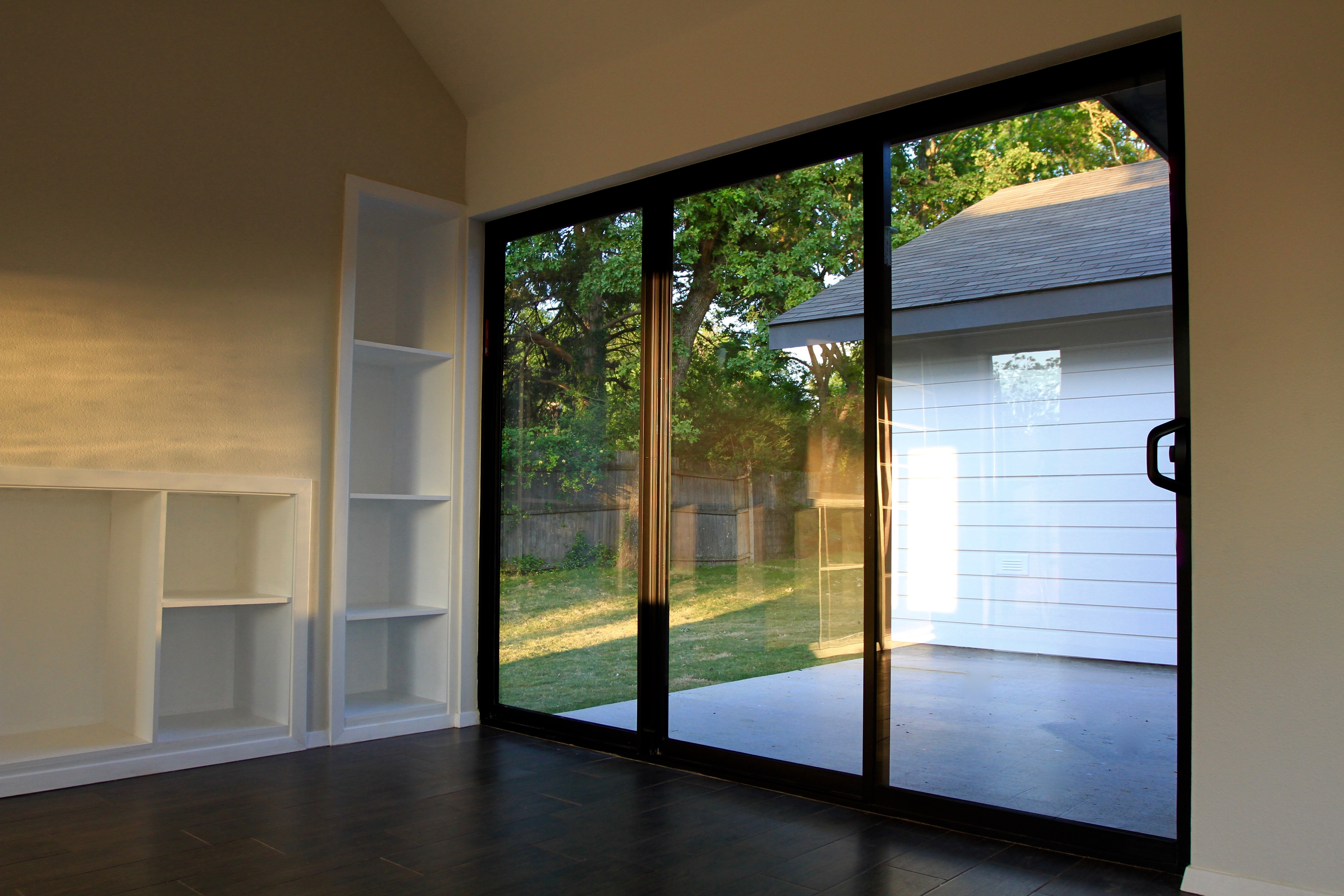 Aluminum sliding patio door