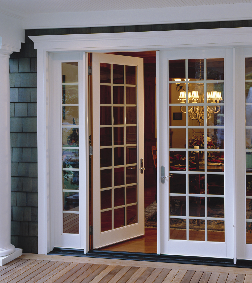 French inswing patio doors with side lights & Entertaining and Patio Doors | Milgard Blog | Milgard Pezcame.Com
