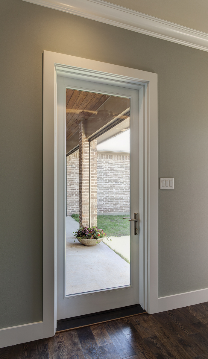 4 unique ways to use patio doors in the home milgard for Single exterior patio door